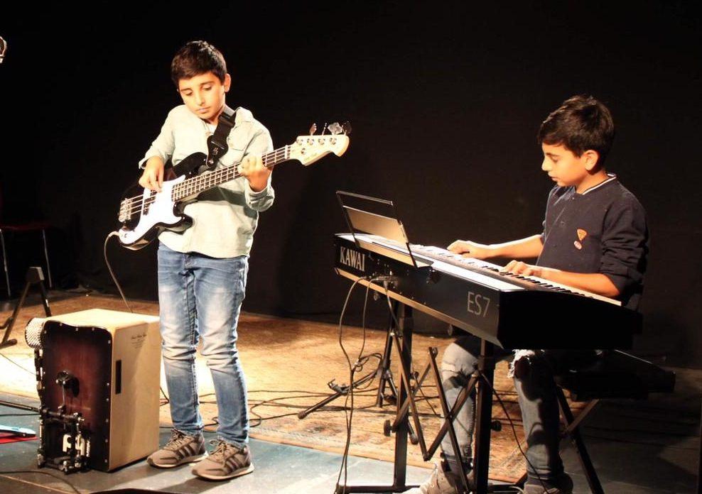 Premiere mit Bass und Piano in Bühl